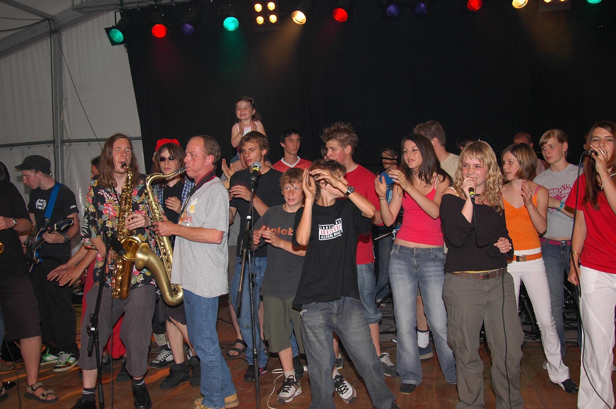 Concert et groupe de personnes